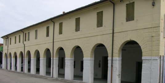 Barchessa e spazi edificabili S. Maria del Rovere